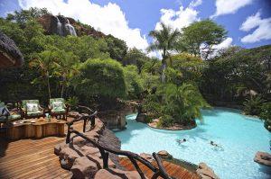 ol-jogi-pool-safari-kenya-luxury